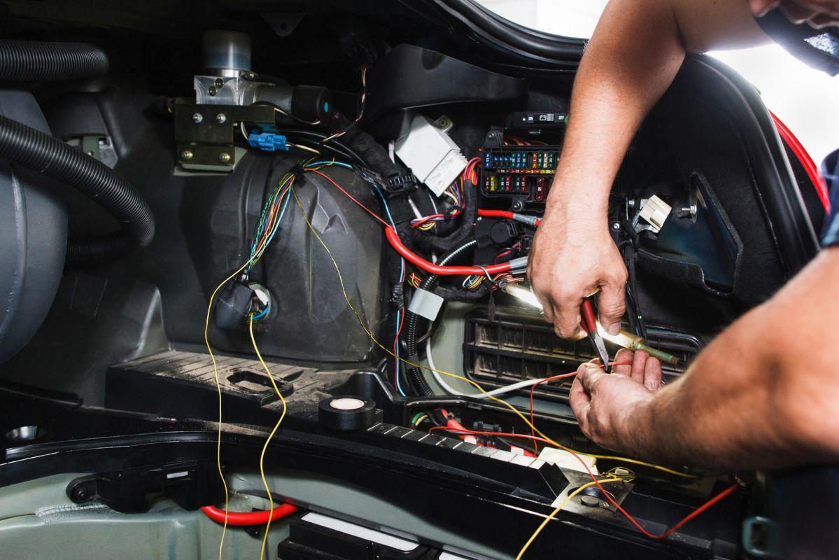 Chip tuning silników samochodowych w warsztacie